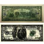 """""""Preço e título: US$101"""", 2011, impressão jato de tinta sobre papel moeda (nota de 100 dólares escanerizada e impressa na nota de 1 dólar verdadeira). Este trabalho é vendido por 101 dólares que é o valor da nova nota de dólar criada. O preço é igual a 100+1 e a tiragem é igual a 100x1. Toda a tiragem é numerada manualmente e assinada digitalmente ao lado das assinaturas dos ministros."""