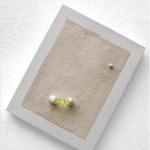 Sem título III, 2009, gesso, madeira, bolha de nível e circuito elétrico, 32x26x3,4 cm