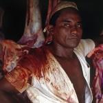 """""""Açougueiro encarnado"""", 1983, pigmento sobre papel fotográfico de algodão, 70x105 cm"""