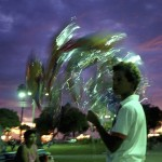 """""""Vendedor de balões"""", 1990, pigmento sobre papel fotográfico de algodão, 70x105 cm"""