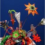 """""""Flor de papel"""", 2014, papel pintado e arame de cobre, 40x40x40 cm"""