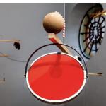 """""""Carmen Miranda - uma opera da imagem"""", escultura sonora, dimensões variadas, 2010. Foto de Sérgio Araújo."""