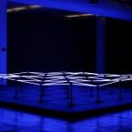 Zero Hidrográfico | 2010 | Instalação técnica mista, 6X6X0.70mts, 60 lâmpadas fluorescentes T5, 36 mecanismos motorizados