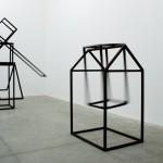 """""""Chão, parede e gente"""" (vista da exposição), (2010)"""