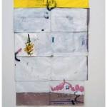 """""""Banana ouro e açúcar cristal"""", 2014, acrílica, esmalte sintético, caneta sobre saco de açúcar, concreto e tijolos, 328x187x22,5 cm, edição: N/A"""