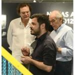"""O artista Vanderlei Lopes (que abriu sua individual """"Grilagem"""" também no dia 6, no MAM) visitou a mostra do PIPA"""
