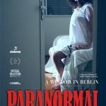 """Cartaz do filme """"Paranormal [Garota Diabólica]"""", 2012, lambda print sobre papel metálico, 183x124 cm"""