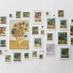 """""""A Escolha"""", 2005/2012, impressos, páginas de livros, cartões e calendários emoldurados, dimensões variáveis"""