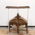 """""""Das erosões: máquina I"""", 2010, objeto, técnica mista, 81x92x46 cm"""