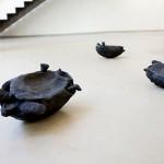 """Irreversíveis I, II, II"", 2014, escultura, terracotta, 35x18x25 cm (I), 31x18x17 cm (II), 21x14x13 cm (III)"