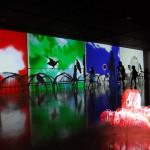 """""""Call Waiting RGB"""", 2010, vídeo instalação, dimensões variáveis de acordo com o espaço, foto: Leandro Aragão"""