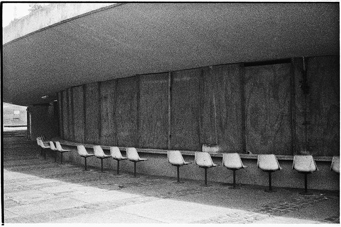 """<a href=""""http://www.premiopipa.com/2016/08/conversa-com-luiza-baldan-por-luiz-camillo-osorio/""""> Luiza Baldan, finalista ao Prêmio PIPA 2016, mistura poesia, arquitetura e artes visuais em suas obras. Conheça um pouco mais de sua trajetória e inspirações a partir de uma conversa da artista com o curador do Instituto PIPA Luiz Camillo Osorio.</a>"""